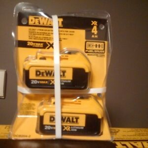 Dewalt 20v Max XR 4 Amp Battery Set