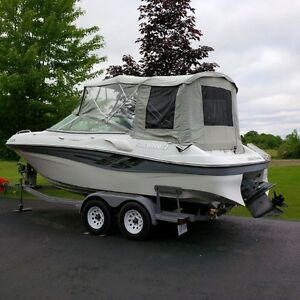2000 Four Winns Sundowner 215 with Dual Axle Trailer, Nice Boat!
