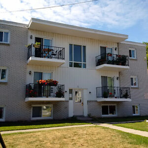 1 BDR Apts. includes heat, hydro, water, great location