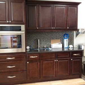 Inventory clearance new kitchen cabinets wood construction for Kitchen cabinets kijiji