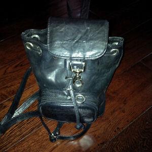 Soft leather mini-backpack Kitchener / Waterloo Kitchener Area image 3