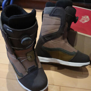 NEW Vans Encore Snowboard boots mens size 8.5 2017/2018