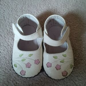Pediped girls size 12-18 months shoes