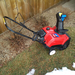 Perfect Toro Power Clean 180 Snow Blower for any infill home