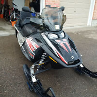 Excellent Condition 2006 GSX with 2-Up Seat and Saddle Bag
