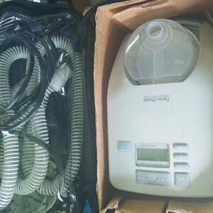 ► Sleep apnea SleepStyle 200 Respiratory Humidifier Fisher