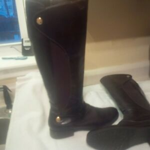 Tommy Hifiger Boots - new