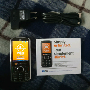 Public mobile unlocked phone with charger. ZTE C76