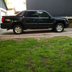 GREAT DEAL FOR $5500 !!! 2003 NICE AVALANCHE !!!