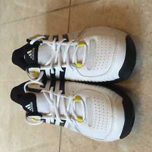 Brand new Adidas sneaker/ tennis shoes for sales