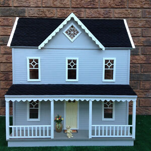 1:12 scale  wooden dollhouse