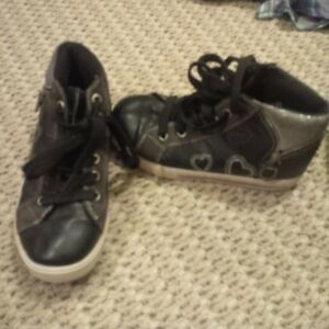 Kids Shoes and Boots size 13-1.5 Kitchener / Waterloo Kitchener Area image 7