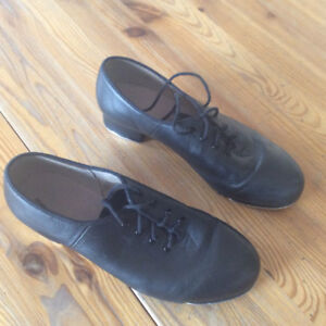 Black leather tap dance shoes size 8 womens
