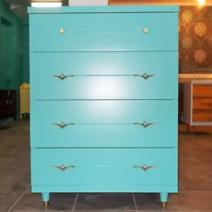 Mid Century 4 Drawer Dresser
