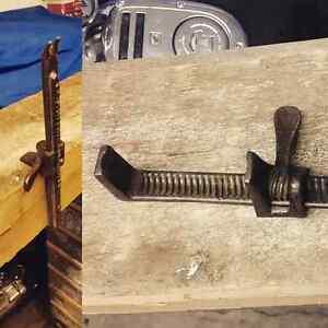 Antique wood clamp carpenter tool  London Ontario image 1