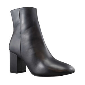 Women's BRAND NEW black booties size 38.5 (TOWN SHOES)