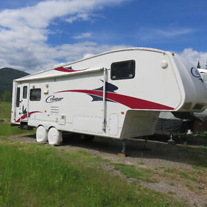 2009 Keystone Cougar 291RLS 5th Wheel Trailer