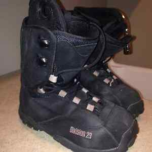 Division 23 Snowboard Boots