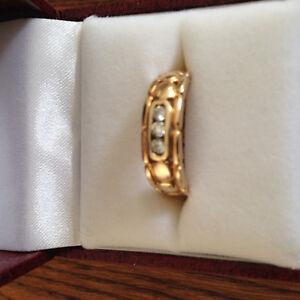 Man's three diamond gold ring Regina Regina Area image 1
