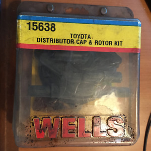 WELLS TOYOTA 15638 DISTRIBUTOR CAP & ROTOR KIT