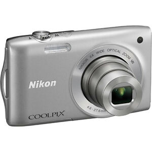 Nikon Coolpix S3300 - LIKE NEW - Purple-red  - 16Mp