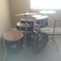 7 Part Drum Kit with all New Remo Pinstripe Skins