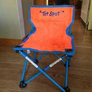 New Price/Used hot tot child's collapsible chair