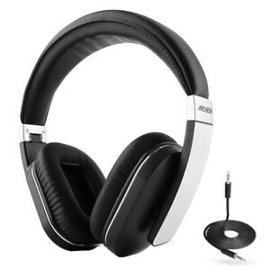 New Wireless  Bluetooth Over Ear Headphones with Microphone