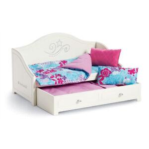 AMERICAN GIRL - TRUNDLE BED & BEDDING SET