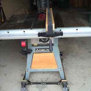 "Delta heavy duty 10"" table saw with stand"