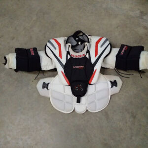 Vaughn Goalie Chest and Arm Protector; Junior Large - MINT!