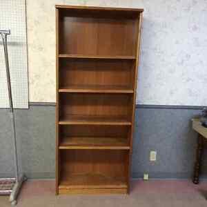 Bookcase/ shelf