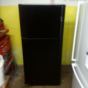 GE Black Fridge with ice maker (very clean) $250.00