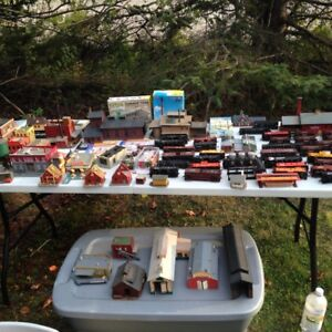 FS: Large HO scale train lot engines, track, buildings, cars etc