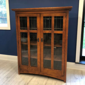 Bassett Furniture - Mission Style - Leaded glass Bookcase