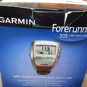 NEW Garmin Forerunner GPS enabled trainer w/ heart monitor