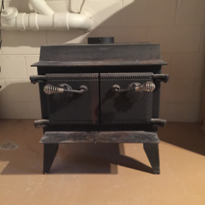 Black Cast Iron Wood Burner