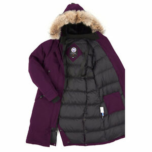 CANADA GOOSE Woman Kensington Parka (new condition)