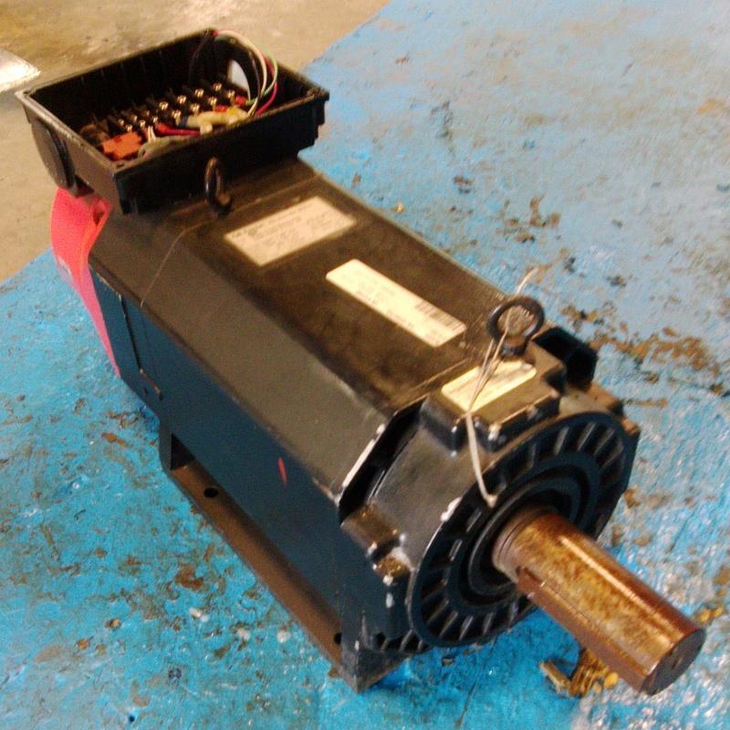 GE FANUC MODEL 8P 3.7/5.5kW AC SPINDLE MOTOR A06B-0725-B202#3000