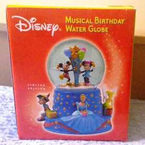 DISNEY MUSICAL BIRTHDAY WATER GLOBE Limited Edition