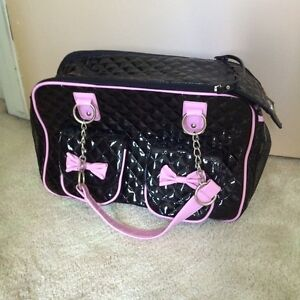 NEW / Unused Small dog purse / carrier