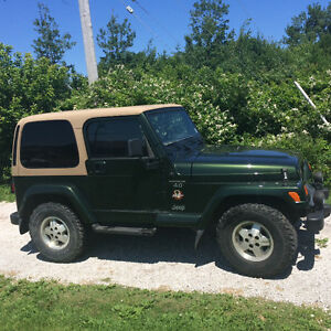 1998 Jeep TJ green Coupe (2 door)
