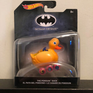 "HOT WHEELS COLLECTORS: THE PENGUINE ""DUCK"" (BATMAN) 1:50 SCALE"