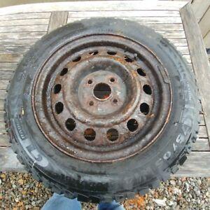 jantes et pneus d'hiver 14 pouces pour Toyota Echo