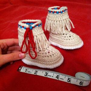 Crochet baby moccasins