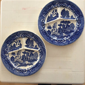 Blue Willow China Plates
