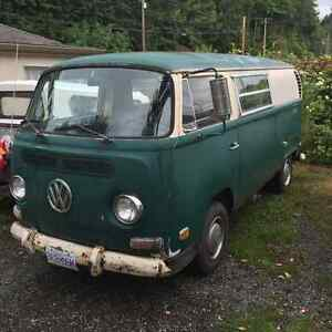 1971 VW Volkswagen Transporter Minivan, Van with sink and stove