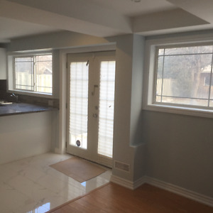 HWY 7 & Bayview Ave Richmond Hill - 2 Bedroom Apt