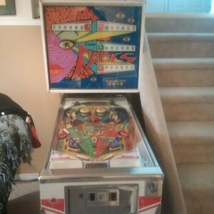 FACES by Sonic, vintage pin ball machine