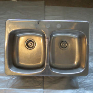 SS DOUBLE BASIN SINK